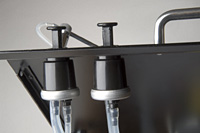 'Mini Cooper' manual handpump: on-deck fluid application system for easy, precise washing control